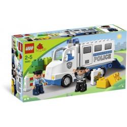 5680  Furgón de Policía